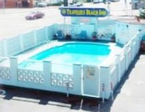 Travelers Beach Inn - Inviting Pool